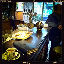 Au Cochon de Lait, Paris<br /> パリ オコションドゥレ・カフェ